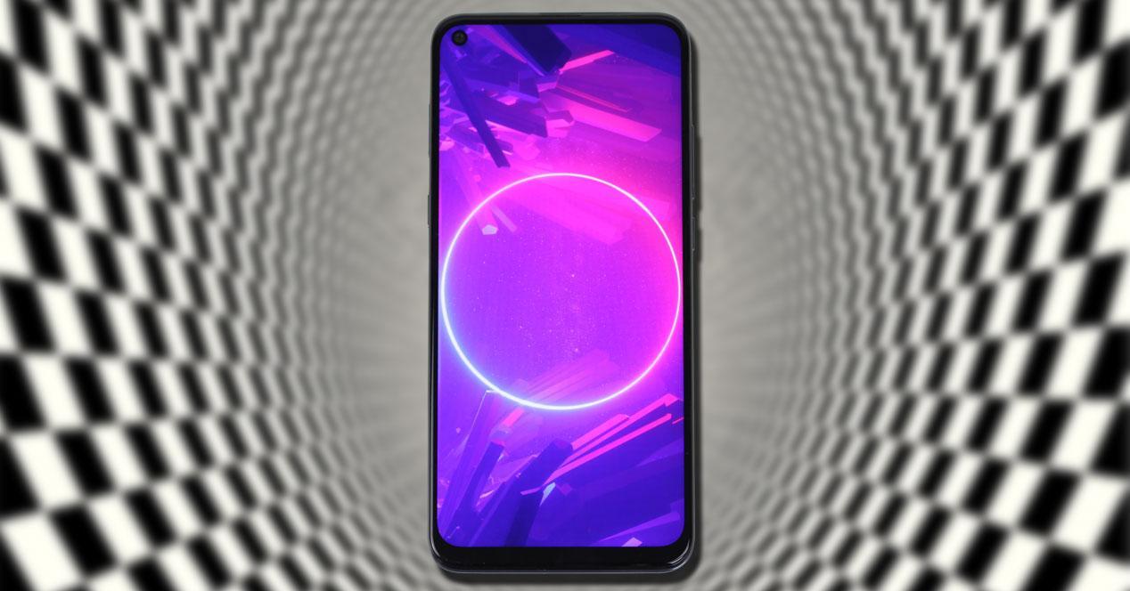 Smartphone TCL 10L con fondo