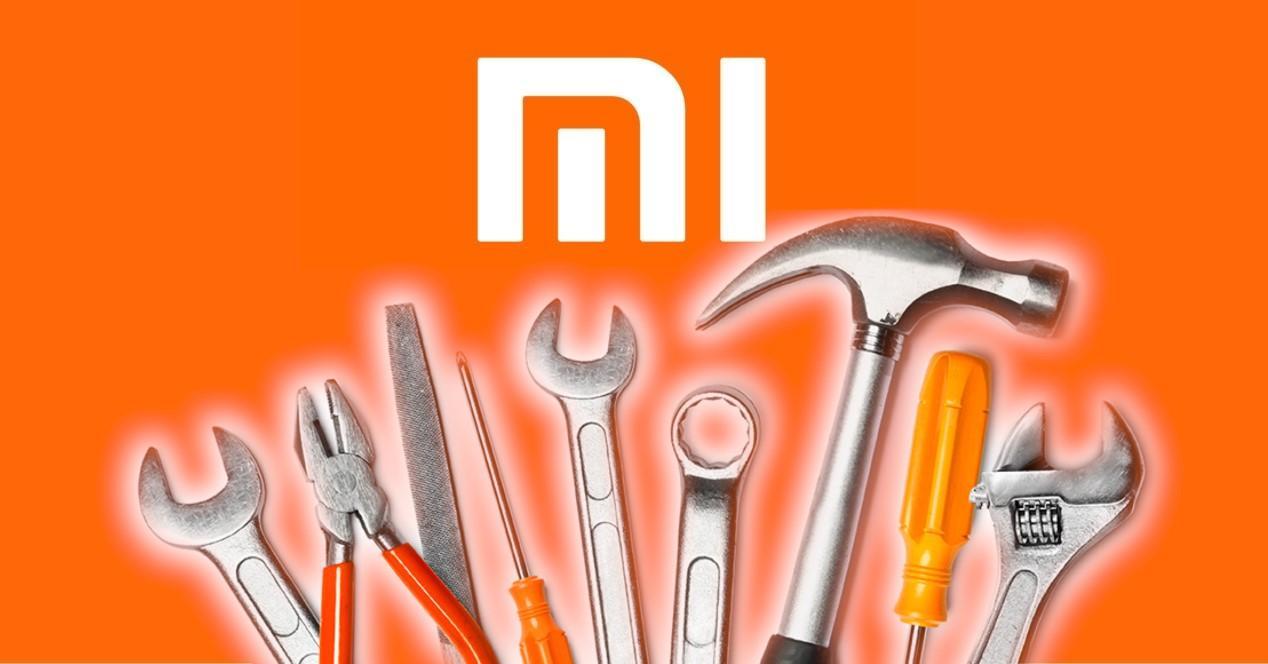 logo de xiaomi y herramientas