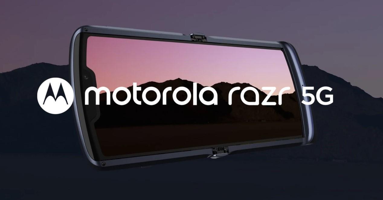 Motorola Razr 5G abierto