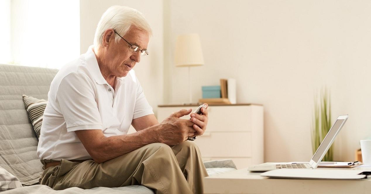 movil persona mayor