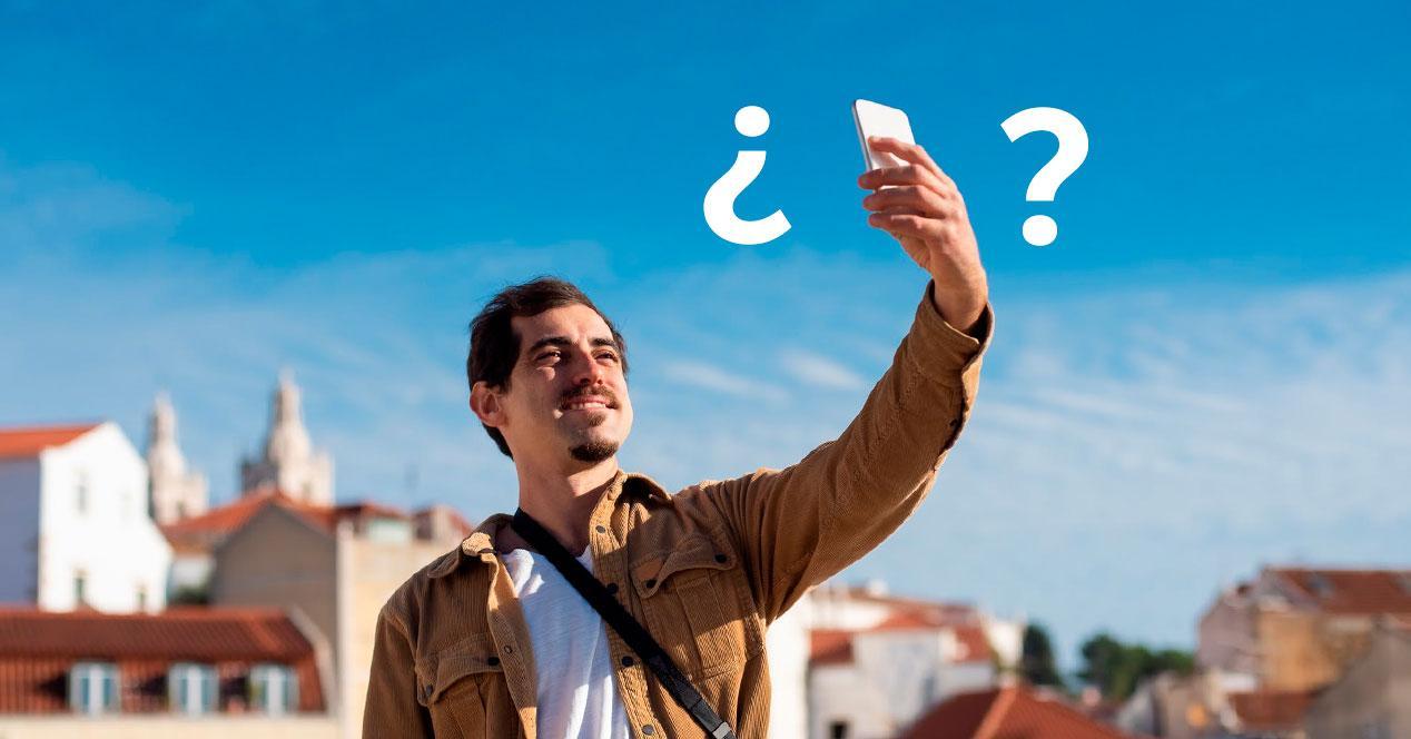 duda fotos movil selfie mano