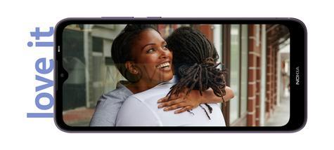 Nokia C10 pantalla