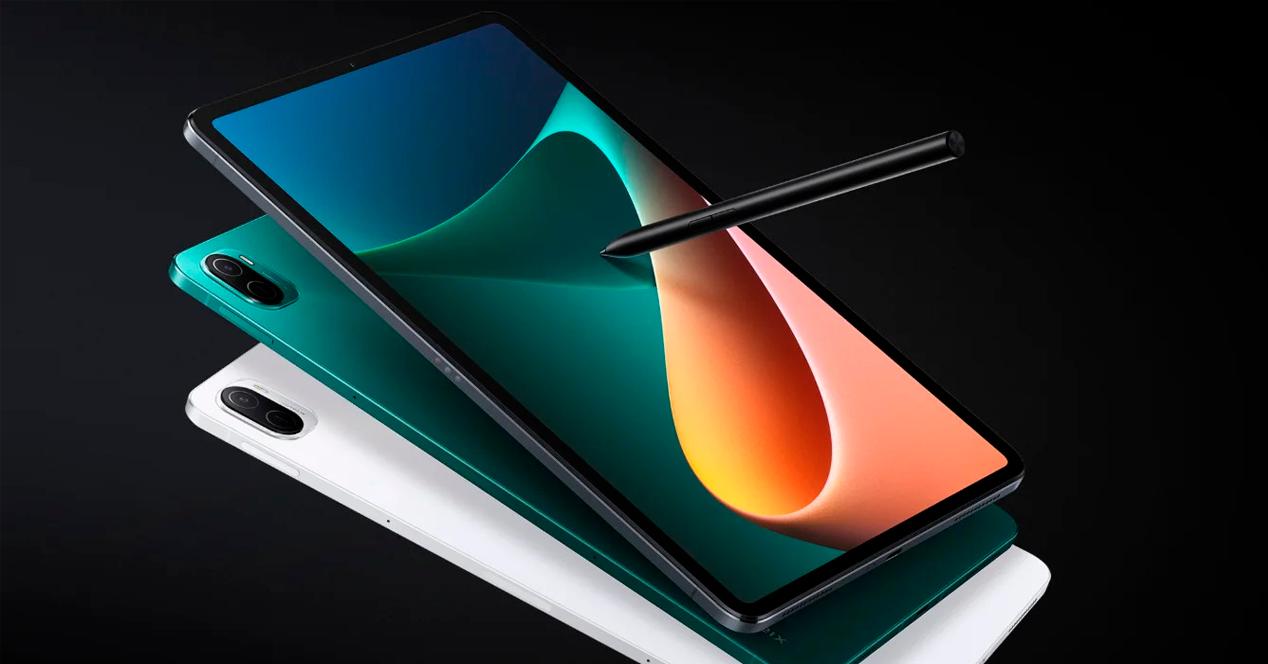 Tres Xiaomi Pad 5 con stylus