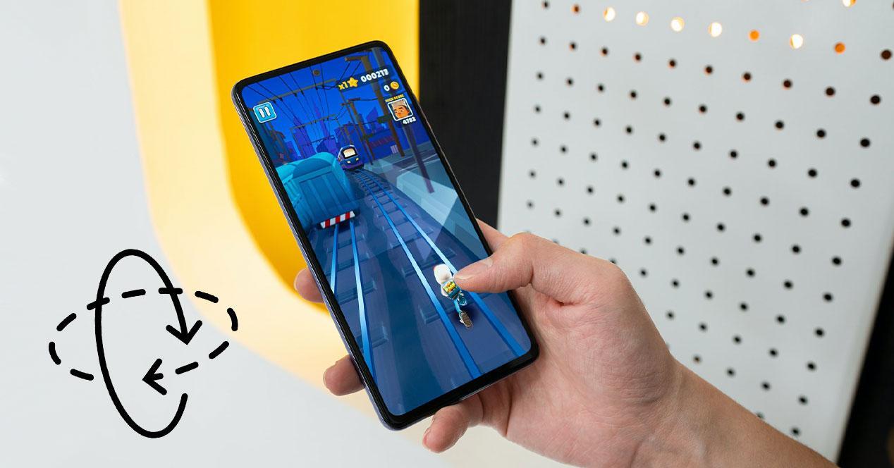 rotacion pantalla movil mano juego